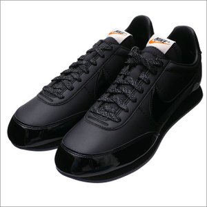 BLACK COMME des GARCONS(ブラック コムデギャルソン) x NIKE(ナイキ) NIGHTTRACK BLACK/BLACK AQ3695-001 291-002416-201+【新品】(フットウェア)
