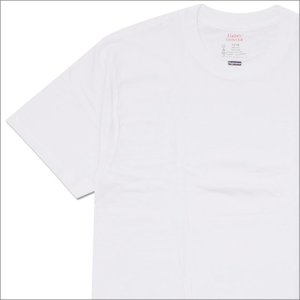 SUPREME(シュプリーム) x Hanes(ヘインズ) Tagless Tee (Tシャツ) WHITE 200-005622-930x【新品】(半袖Tシャツ)