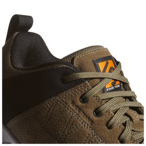 ファイブテン Guide Tennie(Dark Carbon / Core Black / Uni Orange) climbs 07