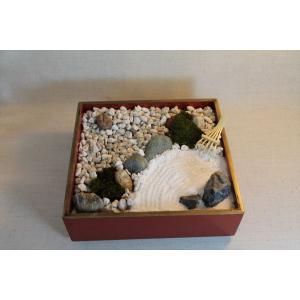 日本庭園(箱庭)砂紋を描こう・・・重箱が庭園に|clips-yj