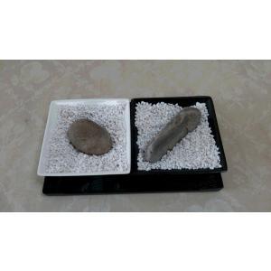 シンプルな素材だから、箱庭にも使える自然石|clips-yj