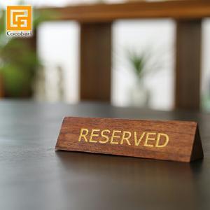 木製卓上プレート(三角形) RESERVED   アジアン雑貨 バリ リザーブド 卓上サイン 予約席 ご予約席札 おしゃれ バリ雑貨 バリ風 インテリア|cocobari