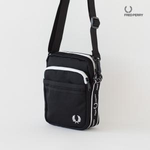 フレッドペリー モノクローム サイド バッグ L7229 cocochiya