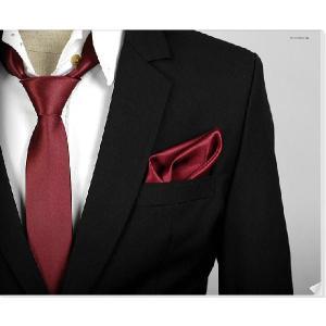 穏やかな光沢のポケットチーフ サテン生地 ソリッド レッドワイン!  PC10 |coconoco