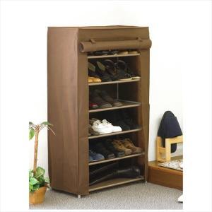 靴や衣類の収納に便利なラック。棚はコーティングを施しているため、水などの汚れはサッと拭き落すことが出...