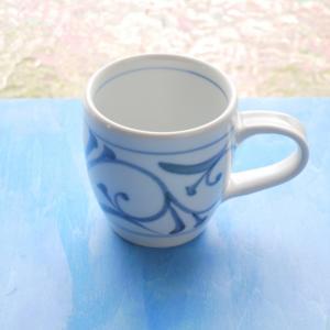 砥部焼 マグカップ 唐草 (S) coffeemeetsbagels
