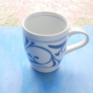 砥部焼 マグカップ 唐草 (L) coffeemeetsbagels