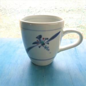 砥部焼 マグカップ 花草 (L) coffeemeetsbagels