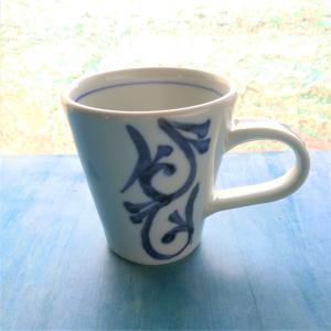 砥部焼 マグカップ 三方縦唐草 (S) coffeemeetsbagels