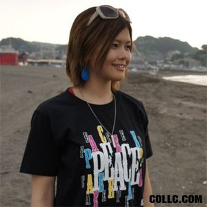 数量限定 como(コモ)  吉沢こずも プロデュース  LOGO Tシャツ TYPE2 カラー:BLACK×WHITE|collc