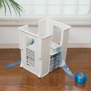新聞や雑誌をきれいにひとまとめに収納できる新聞ストッカーです。本体底はひも通し穴付きで不要になった新...