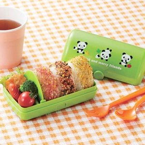 おにぎり弁当箱 さんかくおむすびケース るんるんパンダ ( おにぎりケース おむすびケース お弁当箱 )|colorfulbox