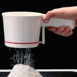 ●たっぷり2カップふるえる、軽くて使い勝手の良い機能性が特徴です。 ●シフターは右手でも左手でも使い...