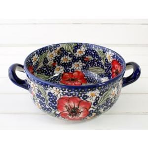 両手ハンドルがお洒落で便利な、可愛いグラタン皿です。  深さもある丸型のオーブンディッシュは、愛され...