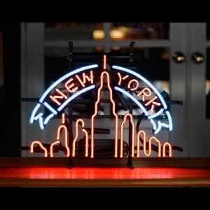 アメリカンネオンサイン NEW YORK ニューヨーク摩天楼 高さ40×幅52cm バー ガレージ インテリア ネオン管 電飾 店舗装飾 アメリカ雑貨 アメリカン雑貨|colour