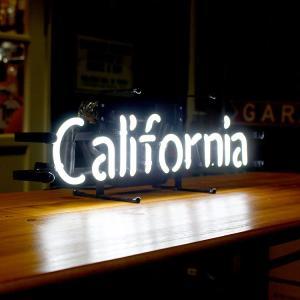 アメリカンネオンサイン CALIFORNIA カリフォルニア 文字デザイン 縦17×横53cm 西海岸 インテリア ガレージ ネオン管 店舗装飾 アメリカ雑貨|colour|04