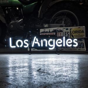 アメリカンネオンサイン Los Angels ロサンゼルス 文字デザイン 縦17×横56cm バー ガレージ 西海岸 インテリア ネオン管 店舗装飾 アメリカ雑貨|colour