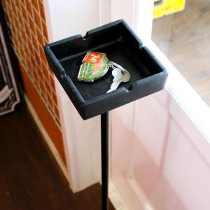 灰皿 スタンドアシュトレー マットブラック スクエア型 スタンド式灰皿 おしゃれ アメリカン雑貨|colour|04