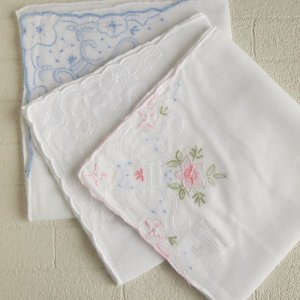 アンティークレース風  スワトウ刺繍 レースハンカチ 3枚セット comfy-shop
