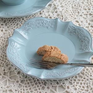 カフェ風食器 クラッシックスタイル レリーフ プレート ブルー M アンティーク調 comfy-shop