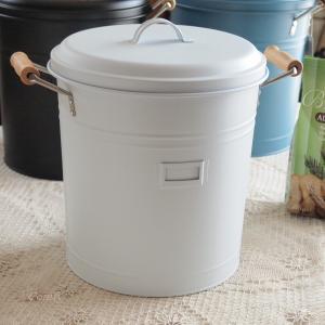 ゴミ箱 ナチュラル雑貨 インテリア雑貨 スティール フタつきダストビン ホワイト バケツ ゴミ箱|comfy-shop