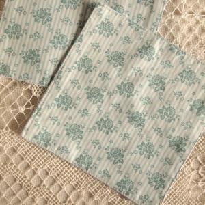 キッチン雑貨 小花 ブルー コースター ハンドメイド 2枚組|comfy-shop