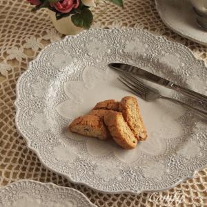 イタリア 食器 ラ・セラミカ レース プレート L クリーム アンティーク調 |comfy-shop