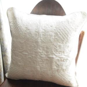 アンティーク調 カントリー雑貨 コットン 多針キルト クッションカバー ベーシック オフホワイト|comfy-shop