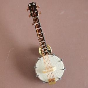 ピンバッジ ミニチュア楽器 バンジョー|comfy-shop