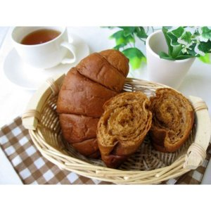 黒糖クロワッサン 賞味期間35日(天然酵母 パネトーネ種 保存料無添加 パン コモ)|como