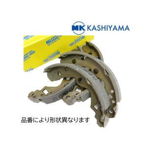 旧車 ダットサン トラック 320 520 521 N521 620 リア 4枚 ブレーキシュー カシヤマ製 新品 国産|cool-japan
