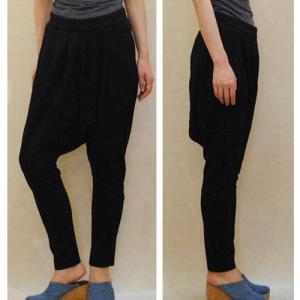 【セレクト商品】ブラックの伸縮性素材のキチンと感あるサルエルパンツ|cool-klothes