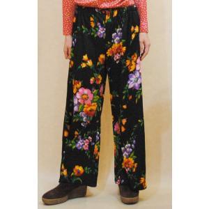 S〜L【アメリカ製古着】1970年代ヴィンテージ◆黒地に鮮やかなフラワープリント◆ワイドパンツ【中古】|cool-klothes