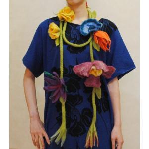 送料無料★オリジナルハンドメイド【mesadu】羊毛フェルト◆大きなお花のラリエット|cool-klothes
