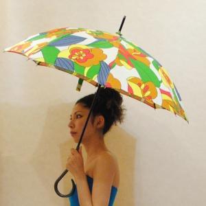 50サイズ【オリジナル商品】カラフルポップなお花や葉っぱ◆日傘|cool-klothes
