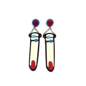 【オリジナルセレクト商品】揺れる赤いネイルにリングモチーフ◆キュートな個性派◆ピアス|cool-klothes