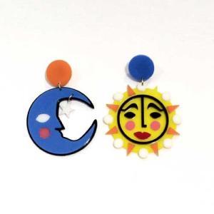 【オリジナルセレクト商品】ユニークなお顔の月と太陽◆個性派◆ピアス|cool-klothes