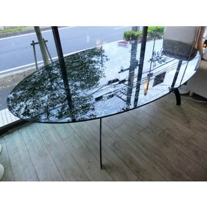 MOROSO(モローゾ)/ ガラスオーバルダイニングテーブル yamagiwa取扱品 correr