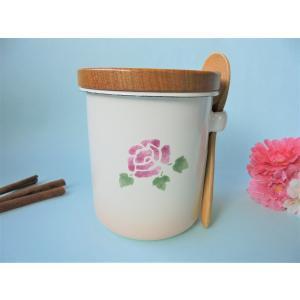 【マニーローズ】 ホーロー ラウンドキャニスター / 薔薇柄 日本製 ピンク パッキン付き 木製スプーン付き|corrette-anise