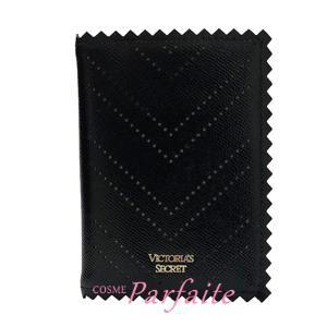 パスポートケース ヴィクトリアシークレット ピンキングカット ブラック 雑貨 メール便対応 在庫処分|cosmeparfaite