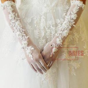 d309fe26eb206 ウェディング グローブ 花嫁 結婚式 披露宴 薄型 二次会 手作リ ウェディングドレス プリンセスドレス 素敵 手袋BH0327-AL223