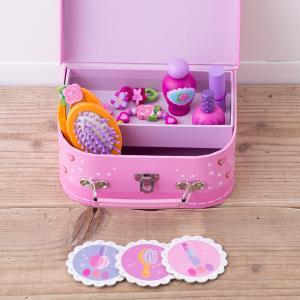 パッケージの大きさ:20cm×14.5cm×8cm 材質:木製、スーツケース/紙製 内容:スーツケー...