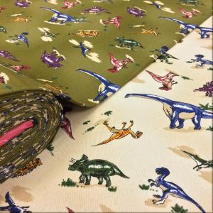 男の子の入園入学グッズにオススメの恐竜のプリント生地。 バッグ、スモック、エプロン、雑貨、インテリア...