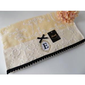 アルファベット フェイスタオル「E」(ラッピング付き) タオルハンカチ プチギフト ホワイトデー ギフト 内祝い お返し 誕生日  プレゼント 女性プレゼント 女|cozymom