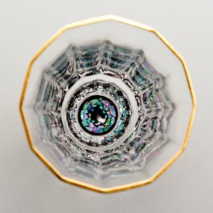 螺鈿ガラス 万華鏡金杯 石垣(黒) 特製化粧箱入|craft-crowd
