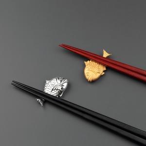 長寿祝い 還暦祝い ギフト 上司への贈りもの 鯛の箸置きと黒檀箸・紫檀箸のセット |craft-crowd