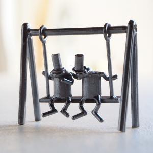 ブロンズ造形作家・コイズミタダシ コビトのオブジェ 「なかなおり。」|craftcafe
