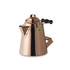 たっぷりのお湯を素早く沸かす風合い豊かな銅製のケトルです。銅は熱伝導がよく、底広のデザインによってお...