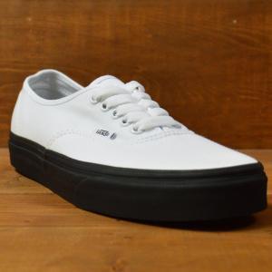 VANS スニーカー オーセンティック オールドスクール old skool AUTHENTIC バンズ 黒 白 22.5 23.5 25 25.5 26 26.5 BLACK WHITE スケボー メンズ  SK8 靴|crass