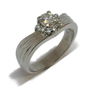 ジュエリー ジュエリー ダイヤモンド 指輪 リング PT900(プラチナ)×ダイヤモンド(0.55ct/0.14ct)  ランクA 17号 cruru